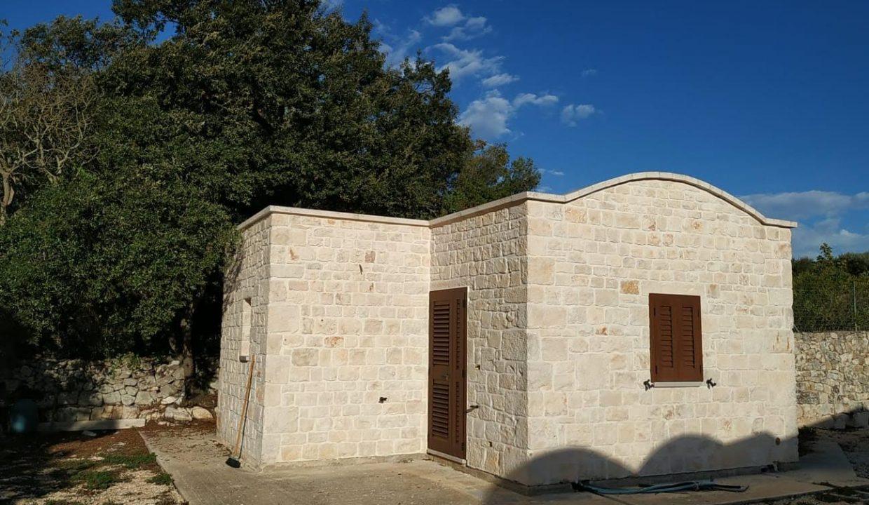 0328 Villa trullo lamia zona abitata (16)