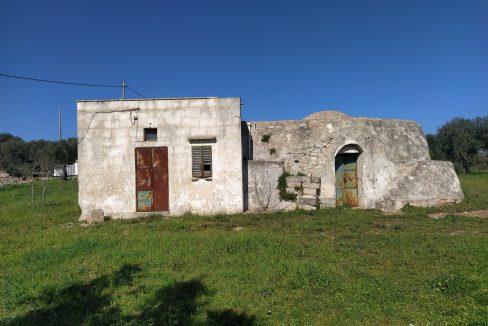 0407 trullo saraceno con lamia in vendita a ostuni terreno edificabile panoramico (6)