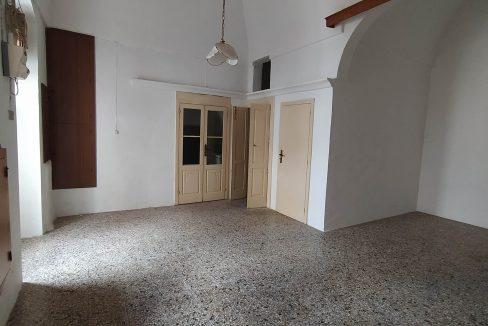 0433 casa indipendente in pietra in vendita a san michele salentino (10)