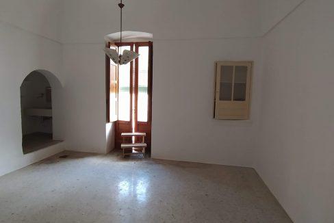 0433 casa indipendente in pietra in vendita a san michele salentino (26)