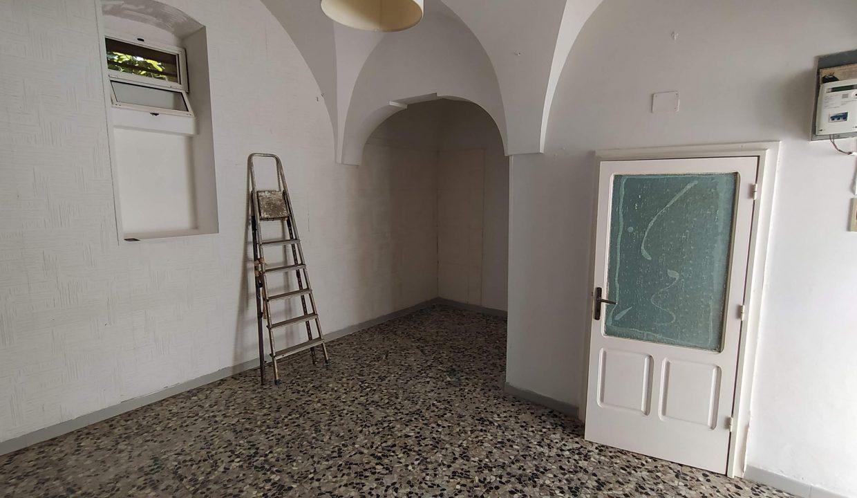casa in vendita indipendente in pietra al piano terra abitabile a ceglie messapica valle d'itria (3)