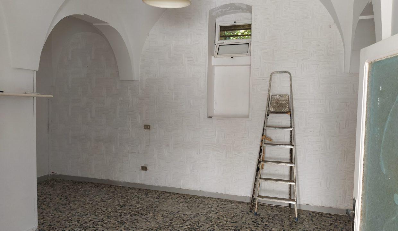 casa in vendita indipendente in pietra al piano terra abitabile a ceglie messapica valle d'itria (4)